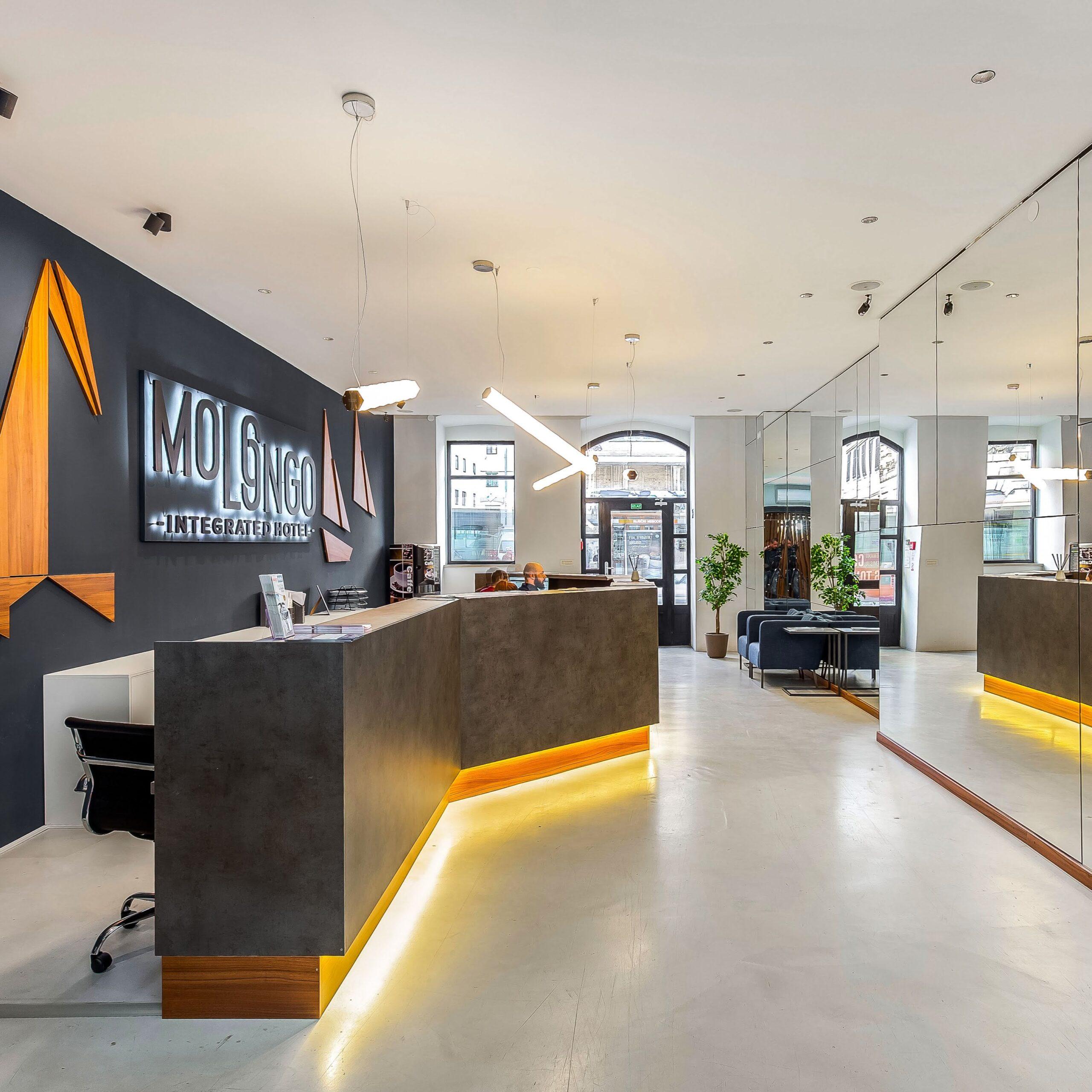 Molo Longo integrated hotel